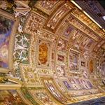 Amazing Mural Ceiling.JPG