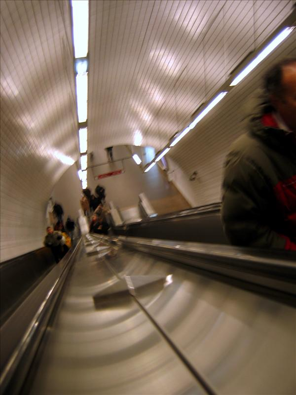 超高的自动扶梯