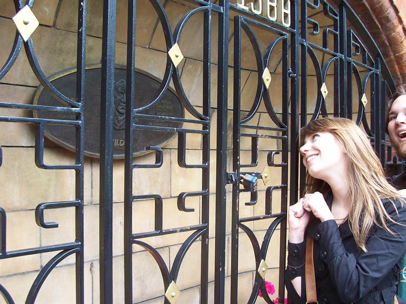Gate at St. Patrick's Cathedral. Margaret swoons over Oscar Wilde.