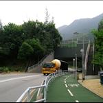 DSCN0003 穿過高速公路下的隧道.jpg