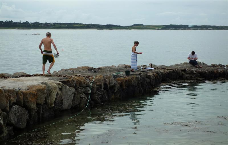 Crabbing off the Old Quay 1