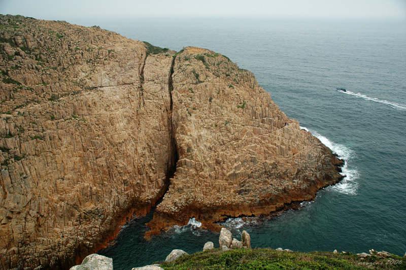 積木海岸 (六角柱海崖)