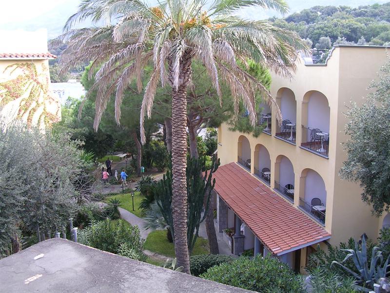 San Lorenzo Hotel.JPG