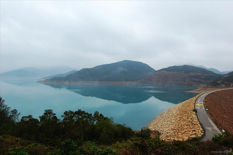 萬宜東壩 East Dam