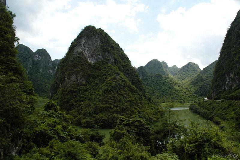 Heishui (Blackwater) River 黑水河