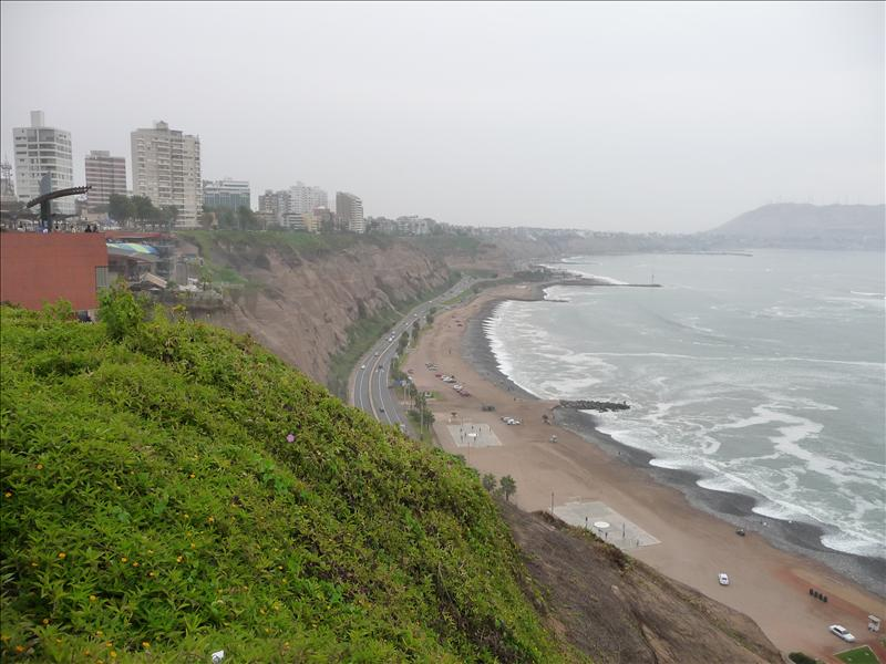 The beach at Miraflores
