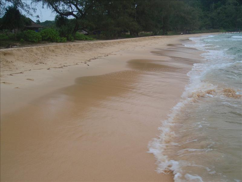 Walking around Lazy beach