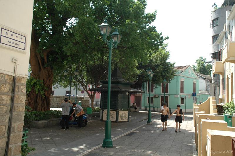 亞婆井前地 Lilau Square