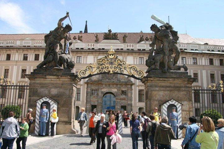 Entering the castle gate.  What interesting statues for a front gate.