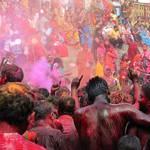 Holi Fest im Kamakhya-Tempel