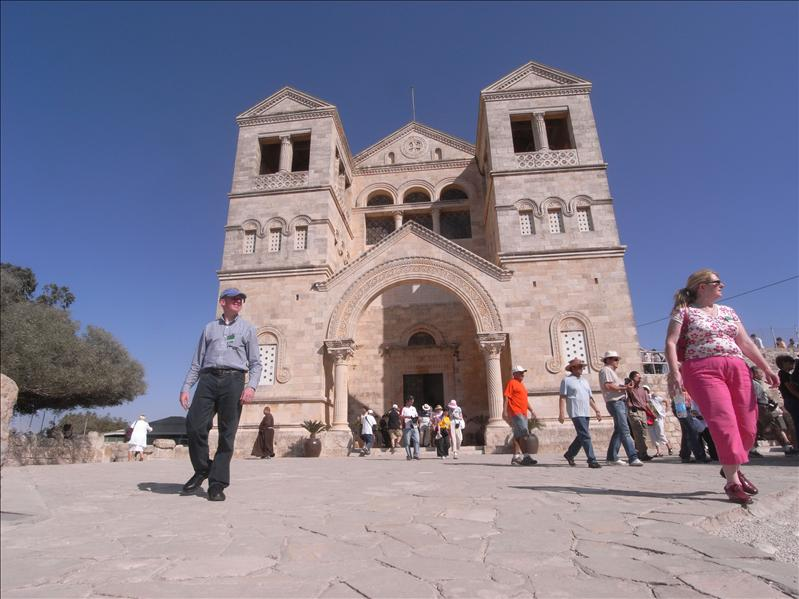 basilica of the transfiguration built in 1924