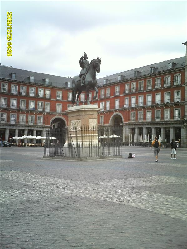 Plaza Mayor: 1616 of Philip III on orseack