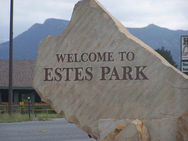 Sign says it all... Welcome to Estes Park