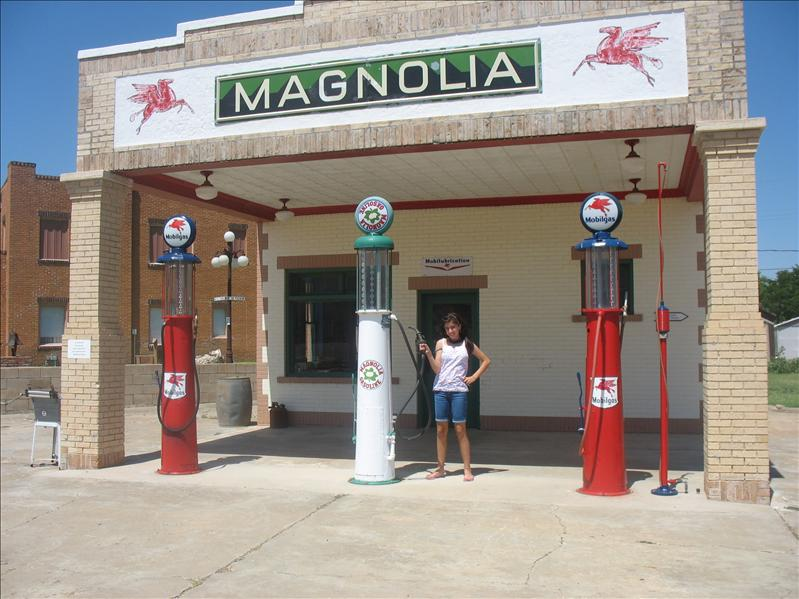An authentic gas station from days gone by...Shamrock, Texas