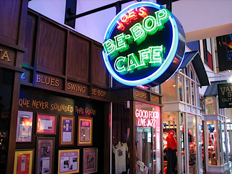 Navy Pier - Chicago, Joe's Be-Bob Cafe