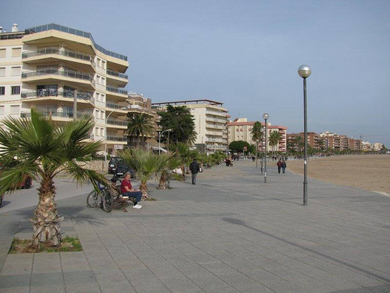 .. and along the seafront to Torredembarra....