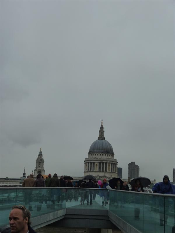 View of Saint Paul's Church from the Tate Modern Bridge (11.14)