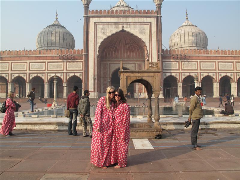 Ann & Nic at Jama Masjid