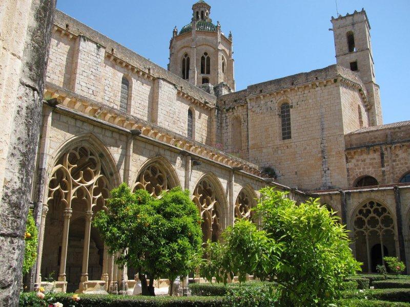 Santes Crues monastery ....