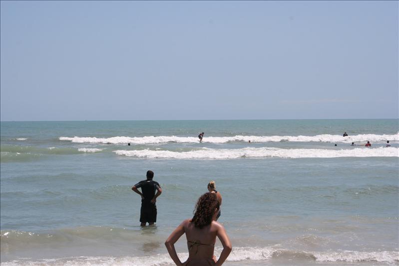 Small surf, Cocoa Beacg