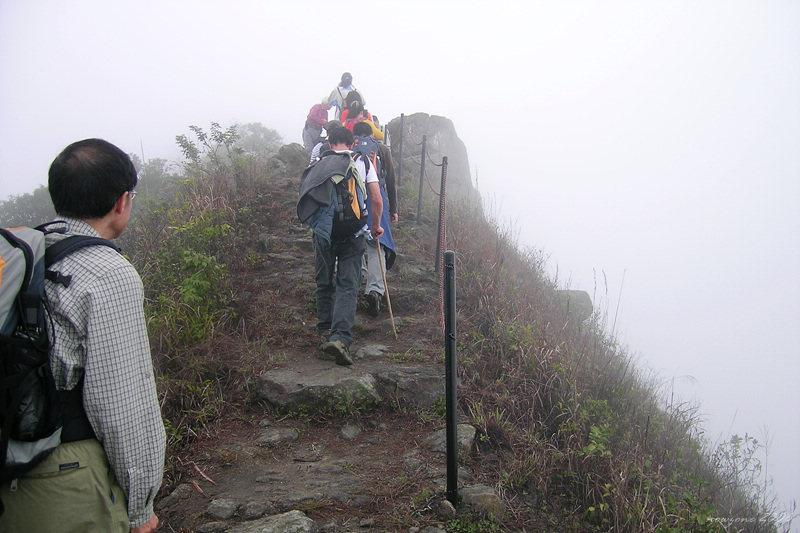 At the ridge of Tai To Yan踏足大刀屻山脊上