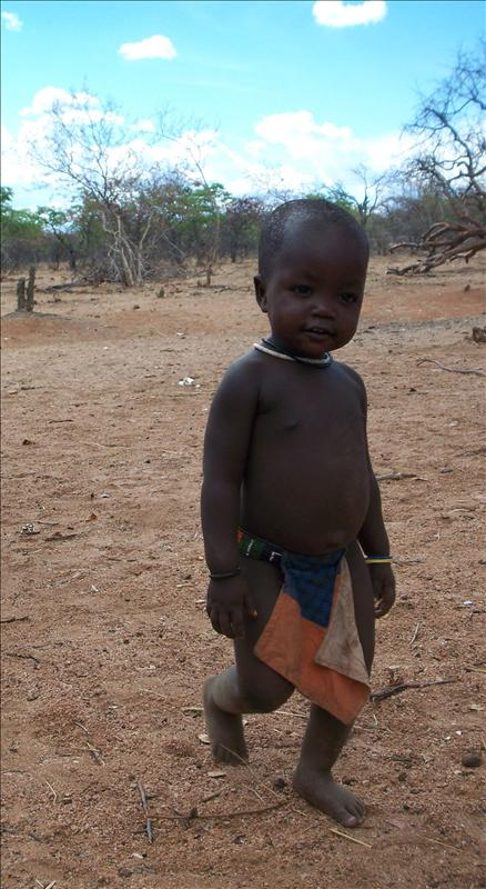 Baby Himba in the Himba Village / bébé Himba dans le village