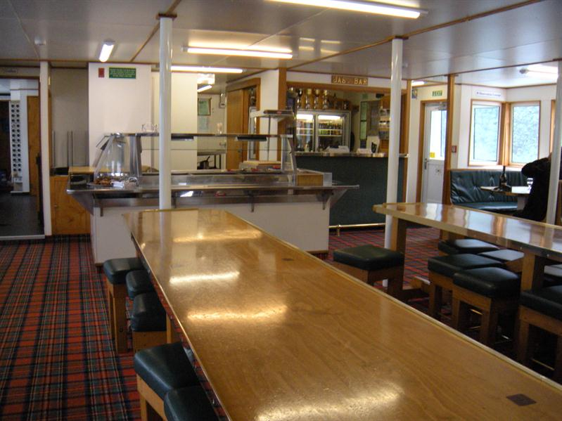 The dining area on the Fjiordland Navigator