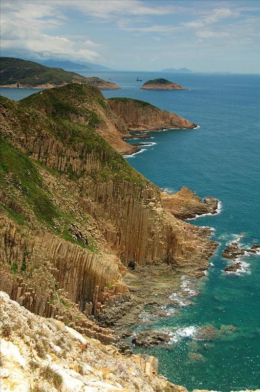 萬柱海岸 the Numerous Pillars Coast