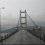 雨中的青马大桥.jpg