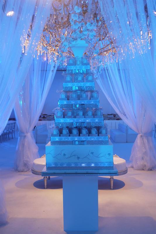 wow cakes royal cakes uae