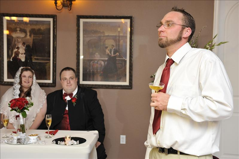 Best Man Ron Strange toasts...