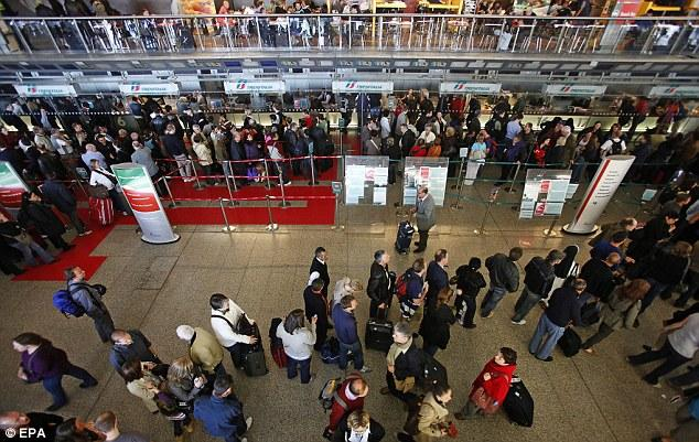 Queues at Rome Termini station