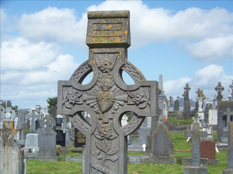 celtic cross graveyard