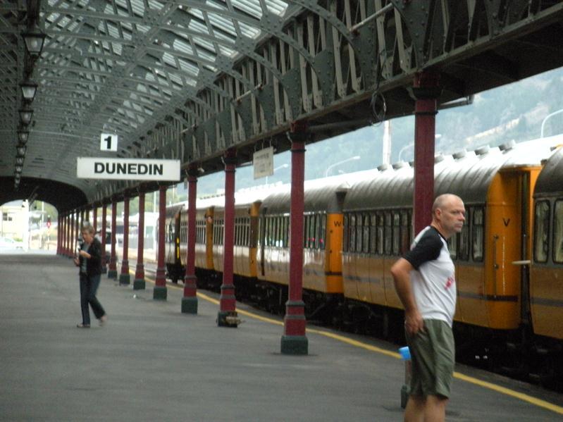 Train at Dunedin