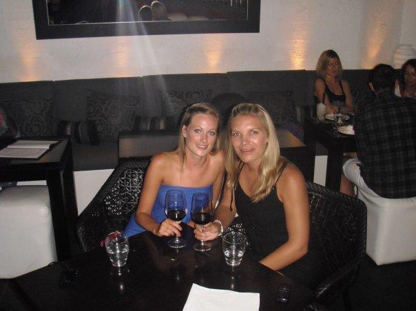 Our way-too-posh dinner in Byron Bay - 'Dish' - highly recommend - lush food and hot waiters!! :)