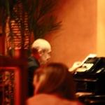 多功能樂手:piano、saxophone