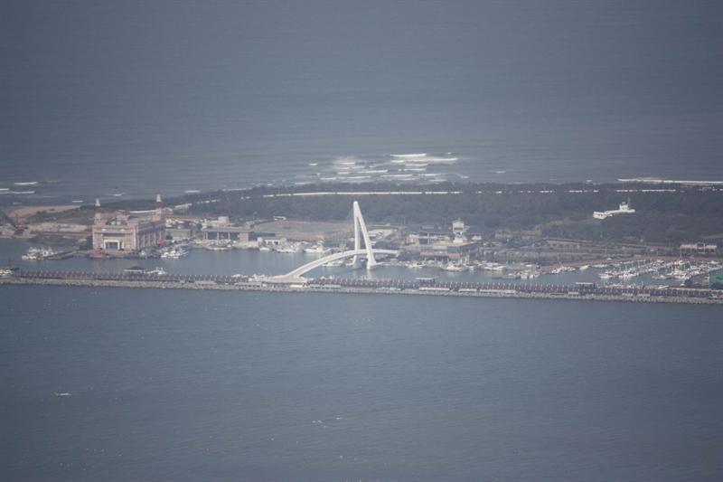由硬漢嶺眺望漁人碼頭