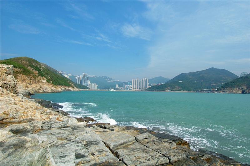 鴨利咀回望香港仔避風塘