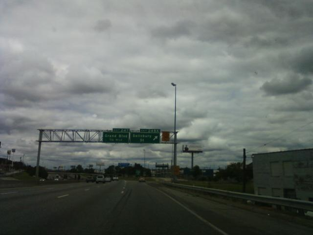 the exit off I-70 north of the Arch is Salisbury to the Mckinley bridge