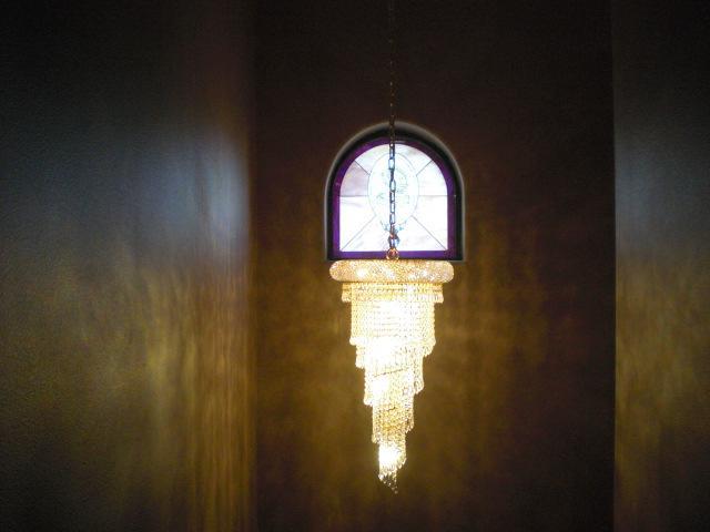 chandelier @ Vegas Weddings chapel