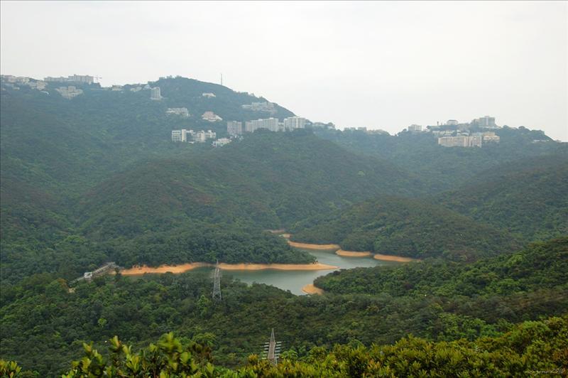 班納山山頂望上香港仔水塘