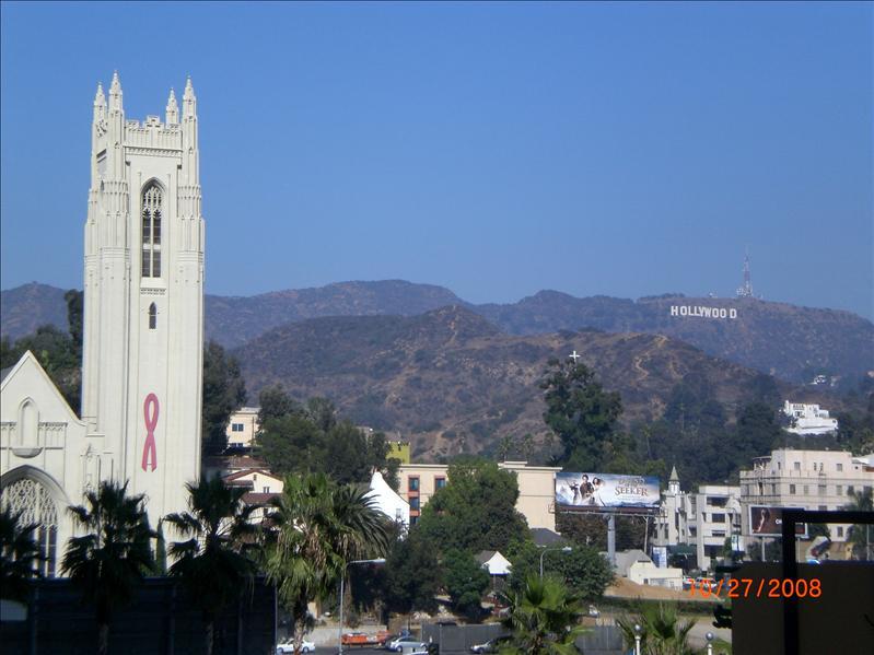 远眺好莱坞山