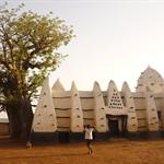 Larabanga - Moschee mit Boabab