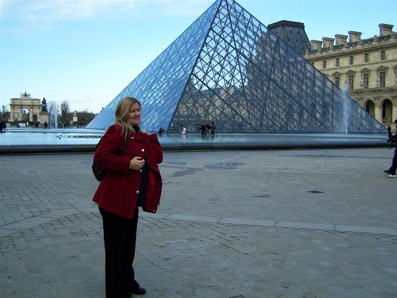Momma with la louvre!