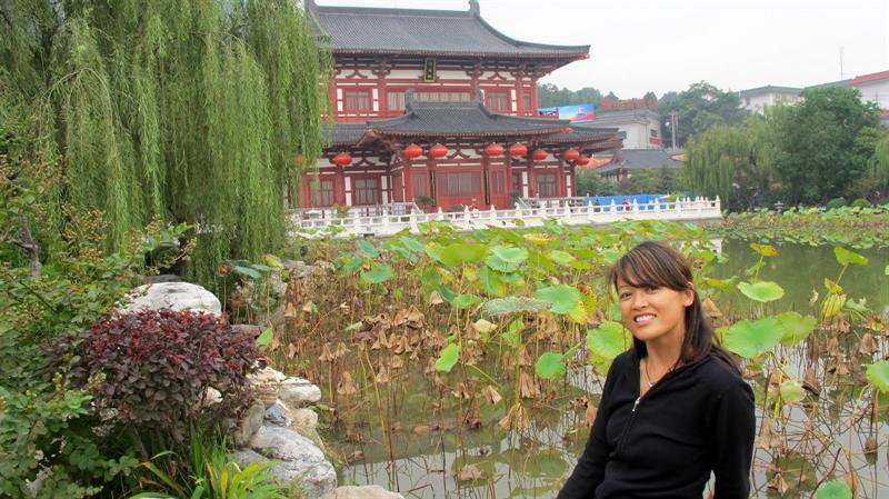 Huaqing Hot Spring ( ( 華 清 池 )
