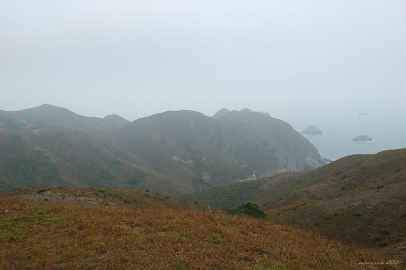 DSC_3452 從東灣山坳望短咀半島.jpg