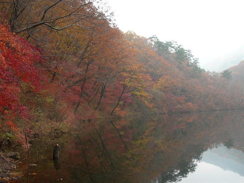 五彩湖, morning time