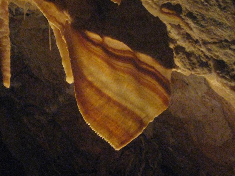 Shawl in Ngilgi Cave