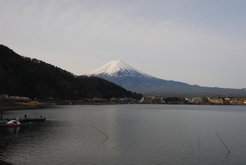 特別在清晨可見到逆富士(可惜沒拍到)