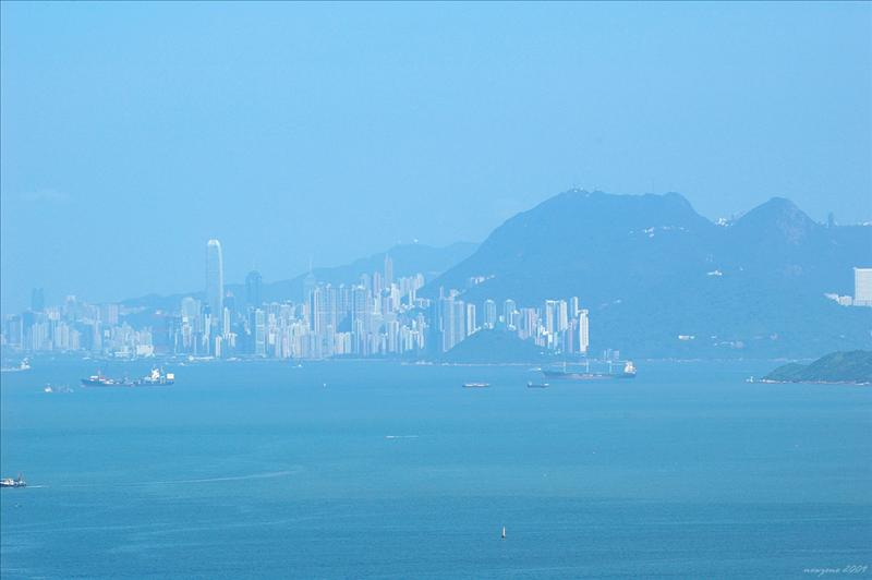 A View of Hong Kong Island 遠眺港島